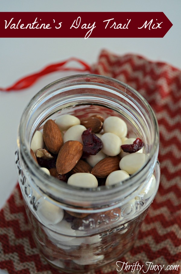 Valentines-Day-Trail-Mix-Recipe