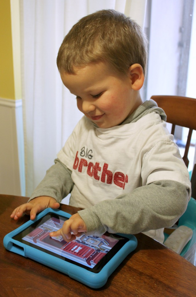 Learning phonics with the Amazon #FireHDKidsEdition tablet