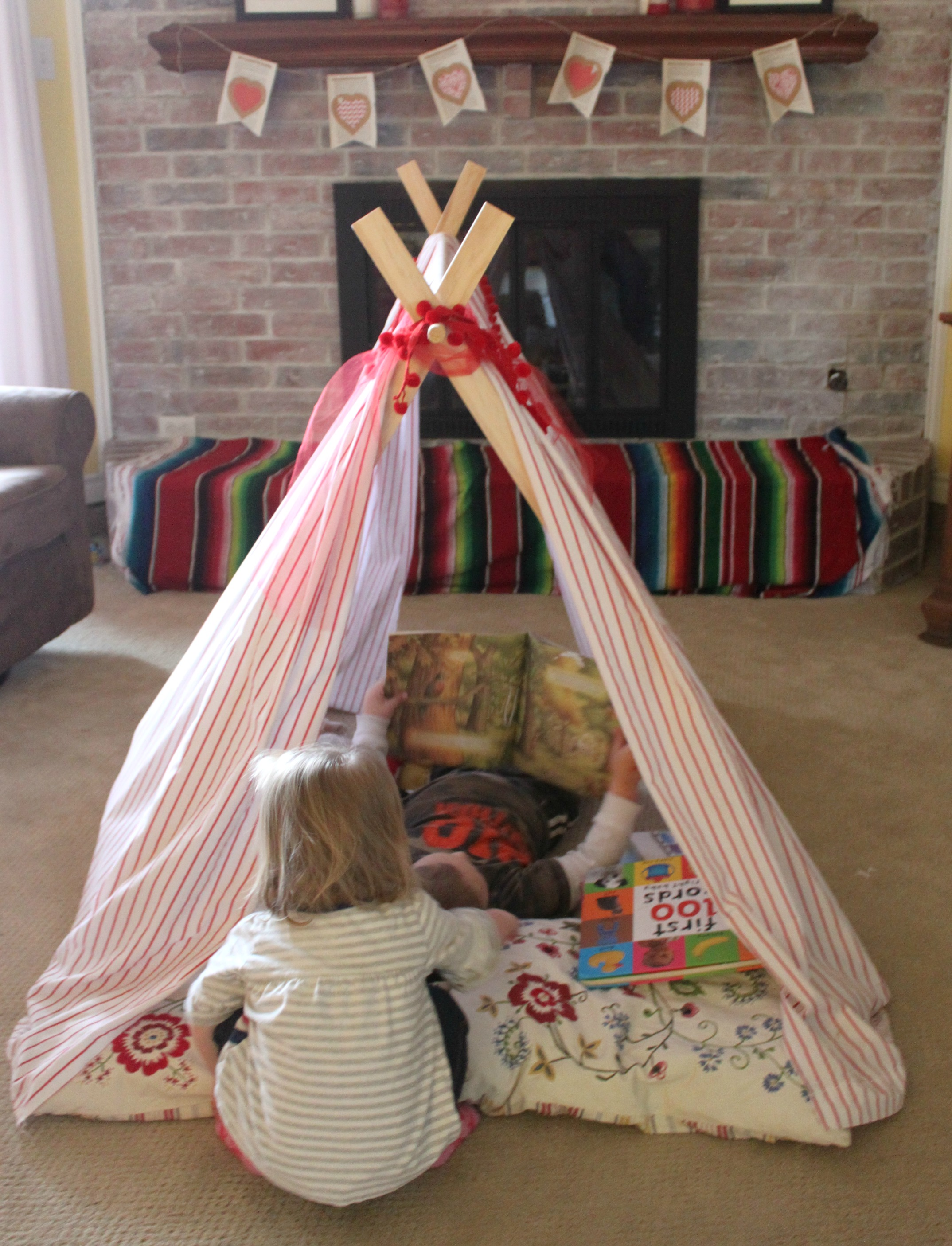 Our fun DIY play tent and reading nook & Create a DIY Play Tent and Reading Nook - Bare Feet on the Dashboard
