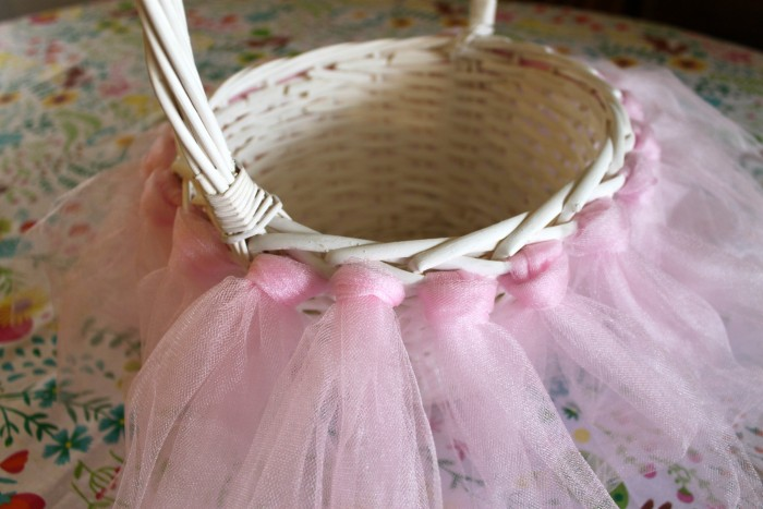 DIY Tulle Easter Basket Tutorial