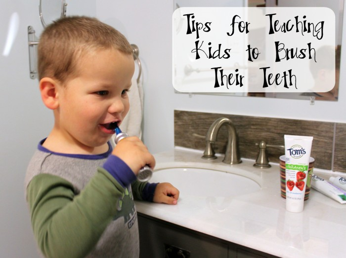 Easy Tips for Teaching Kids to Brush Their Teeth #natualgoodness #ad