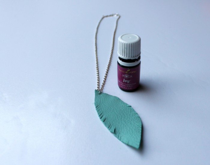 Make this lovely leather feather diffuser necklace